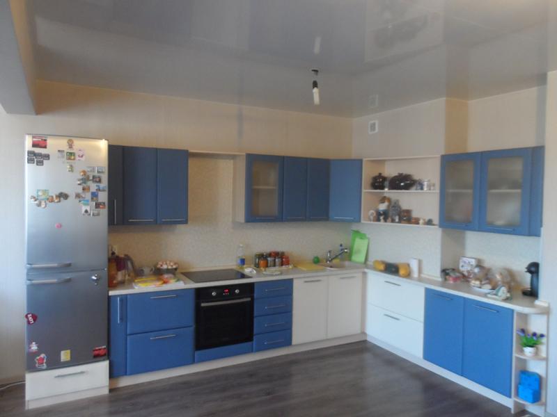 Как обновить кухонный гарнитур своими руками покрасив его фото 39